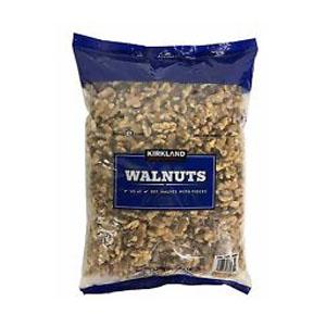 Hạt óc chó Kirkland Walnuts (1.36kg/ bịch)